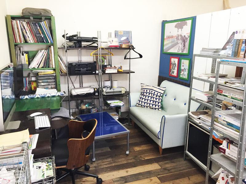 2階事務所は楽屋や控え室としてのご利用も可能